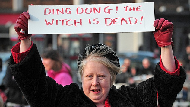 Las celebraciones por la muerte de Thatcher tienen banda sonora