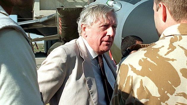"""Un lord británico propone recurrir a """"la bomba de neutrones"""" en la frontera afgano-pakistaní"""