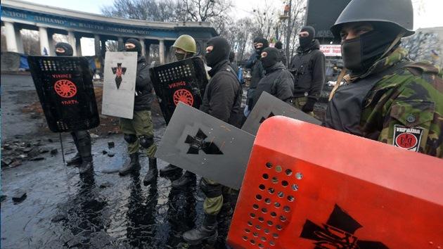 """Columnista de 'The Guardian': """"No fue Rusia la que empujó a Ucrania a la guerra"""""""
