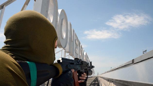 Asesinan a 6 personas que intentaron recoger los cuerpos del aeropuerto de Donetsk