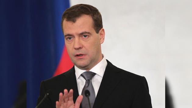 "Medvédev: ""Rusia necesita democracia, no caos"""