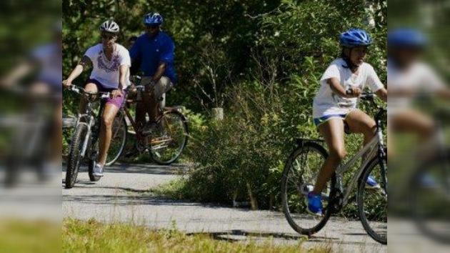 Las vacaciones de Michelle Obama le salen caras al contribuyente