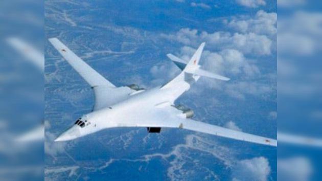 Rusia desarrolla el caza ultramoderno que 'jubilará' en 2020 a los bombarderos Túpolev