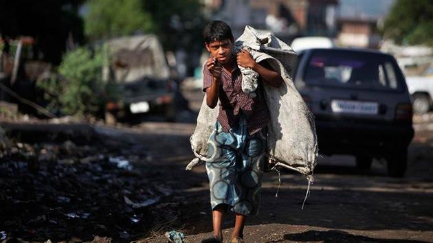 La 'plaga' de los niños esclavos inunda la India