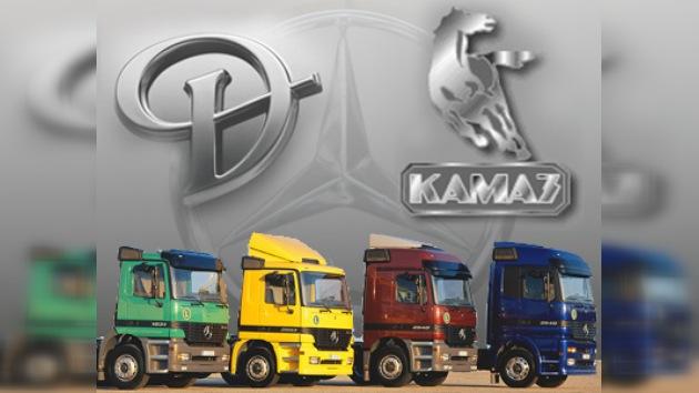 Kamaz y Daimler iniciaron la producción de camiones Mercedes en Rusia