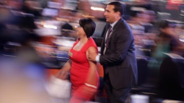 """Una joven """"harta de oír promesas"""" interrumpe a Obama y pide parar deportaciones"""