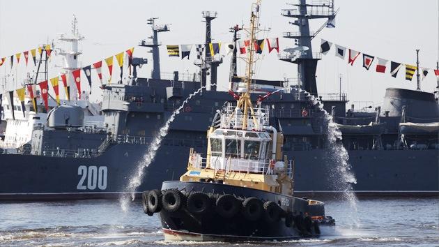 Video: Medio centenar de naves rusas están siendo sometidas a pruebas en el Báltico