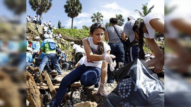 Recolectan 150 toneladas de basura en el Día de la Limpieza de las Playas en Santo Domingo