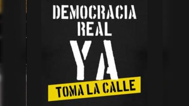 """Los españoles se manifiestan para pedir una """"democracia real"""""""