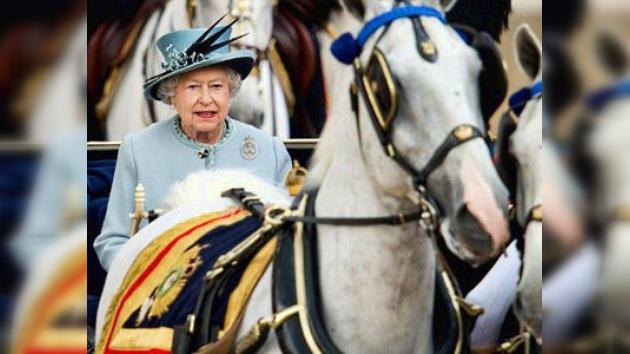 La Reina británica celebra este sábado de forma oficial su octogésimo quinto cumpleaños