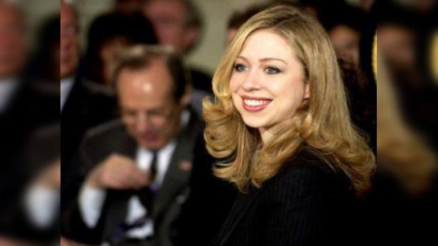 La hija de Bill Clinton anuncia su boda