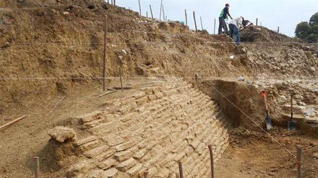 Halladas en México misteriosas tumbas y ruinas de una pirámide de 2.000 años