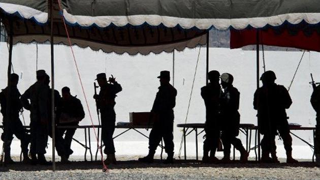 La OTAN presiona a Francia para que no salga de Afganistán