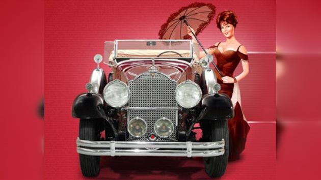 Una muestra de automóviles estilo 'vintage' visita Moscú