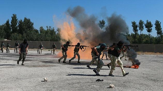 Obama planea combatir al EI mientras arma a los rebeldes sirios alineados con el EI