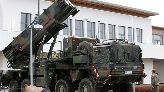 La OTAN confirma que colocará los Patriot en la frontera turco-siria