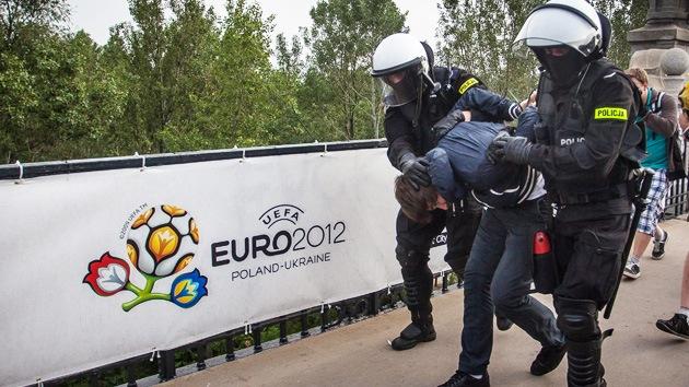 Policía detuvo al presunto organizador de los ataques contra aficionados rusos en Eurocopa