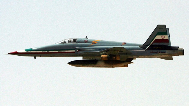 Irán planea construir cazabombarderos semipesados y bombas inteligentes