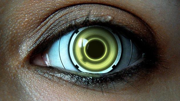 El ojo cibernético centra todas las miradas