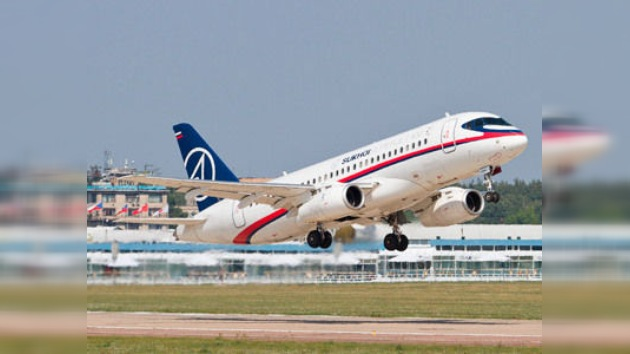 La aeronave Superjet 100 conquista el cielo y el mercado