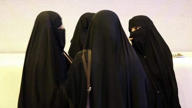 Restaurantes sauditas prohíben el ingreso a las mujeres solteras