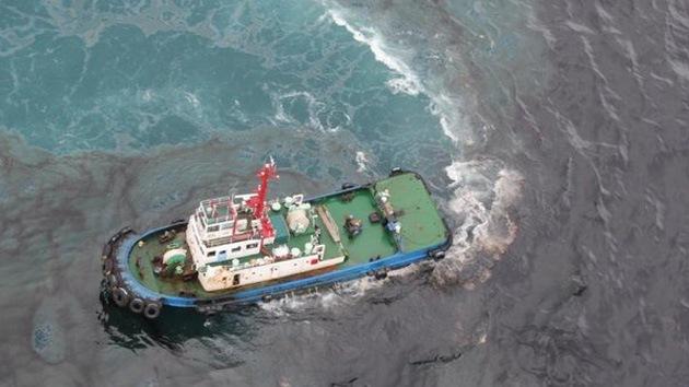 Más de 50 toneladas de crudo se vierten en el mar cerca de Tailandia