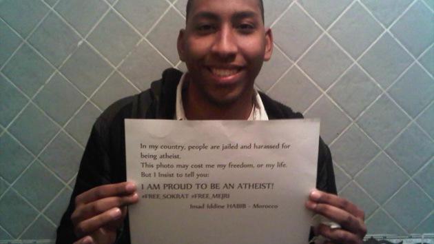 """Ateo marroquí en busca y captura: """"¡No hay más Dios que Mickey Mouse!"""""""