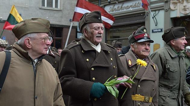 Marcha de veteranos de las Waffen SS en Riga