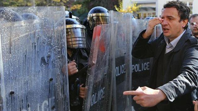 '¡No golpeen a manifestantes!': Amnistía Internacional advierte a la Unión Europea