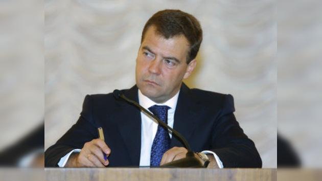 Medvédev endurece la pena para los terroristas y sus cómplices
