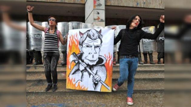 Colombia frena la reforma educativa que mantiene en pie de guerra a 600.000 estudiantes