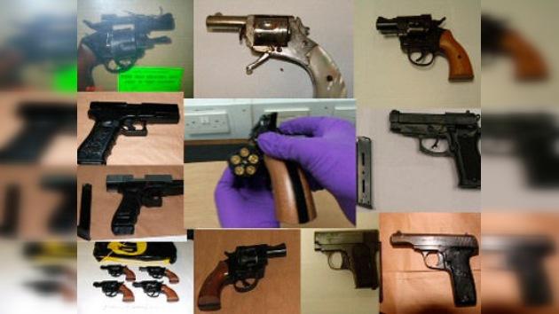 Cazan a 37 delincuentes con una 'tienda' falsa de armas y drogas