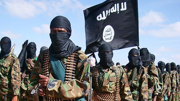 Los islamistas de Al Shabab ofrecen 10 camellos por Obama