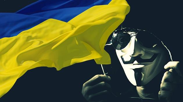 """Anonymous airea el correo de un líder ultra ucraniano que pide armas para """"la función"""""""