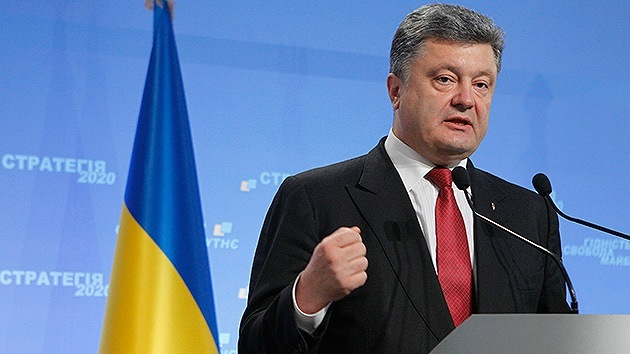 Poroshenko firma una ley que permite juzgar a Yanukóvich en ausencia