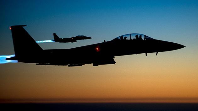Aviones de la coalición internacional bombardean al EI en Kobani