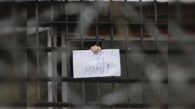 Autoridades bielorrusas liberan a rusos detenidos durante disturbios
