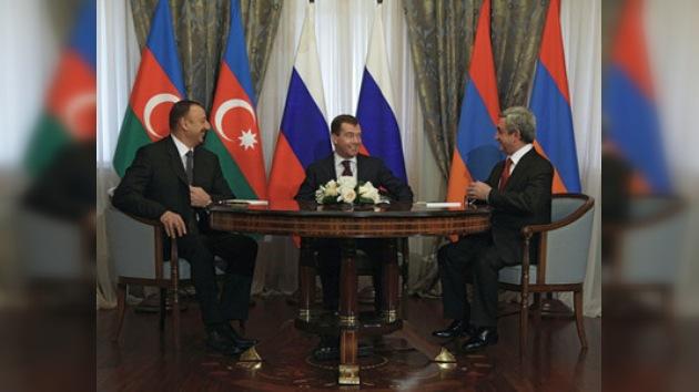 Tres presidentes se reunieron para discutir el conflicto en Nagorno-Karabaj