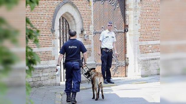 El Vaticano protesta por la profanación de tumbas de la policía belga