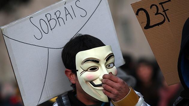 Anonymous se suma a las manifestaciones en España y tumba la web del Partido Popular