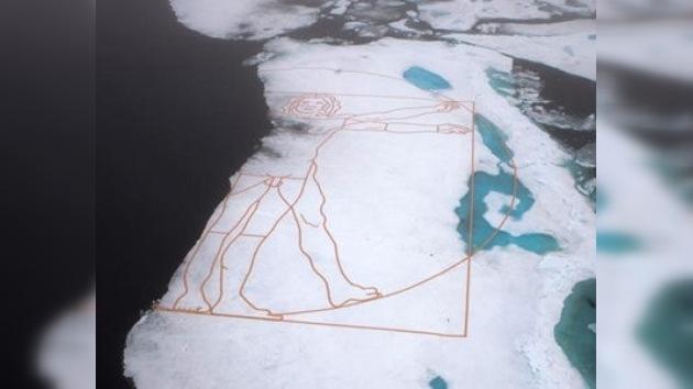 Un gran 'Da Vinci' en el hielo como símbolo de la catástrofe ecológica