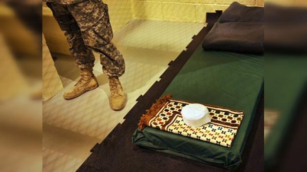 Sospechan de violaciones a los derechos humanos en prisiones secretas en Afganistán