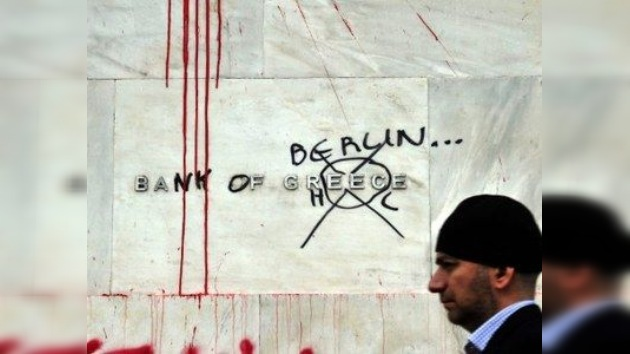 Los griegos cargan contra la austeridad a pie de calle: en vivo por RT