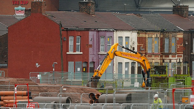 En Reino Unido construyen en los edificios entradas independientes para pobres
