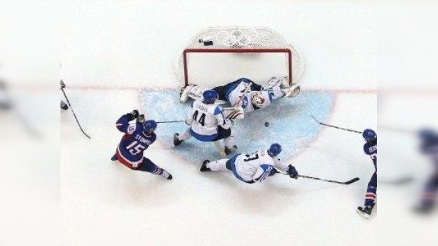 Se desploma el techo de una cancha tras un entrenamiento de hockey