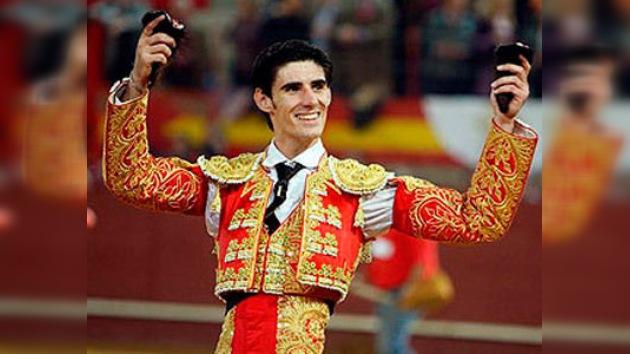 Víctor Barrio corta una oreja en el primer festejo de la Feria Taurina de Otoño