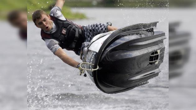 El 'aquabike', un deporte cada vez más popular en Rusia