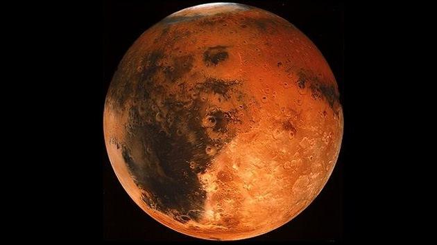 Dos científicos 'se mojan' con Marte: oculta en su interior tanta agua como la Tierra