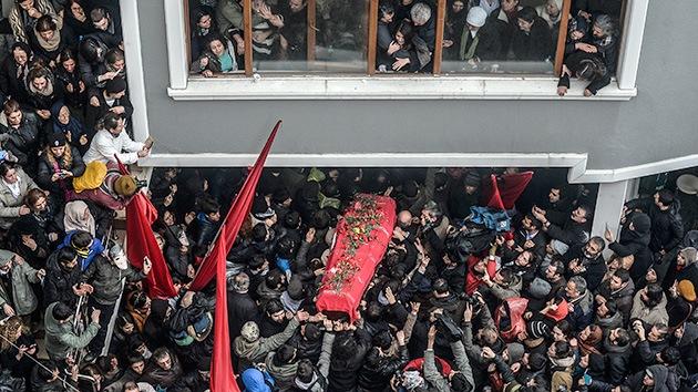 Fotos: Turquía se levanta por la muerte de un adolescente