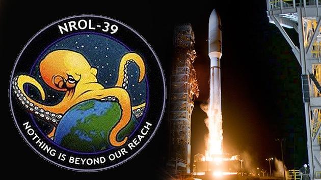 Fotos: Un diabólico pulpo que estrangula la Tierra, logo del nuevo satélite espía de EE.UU.
